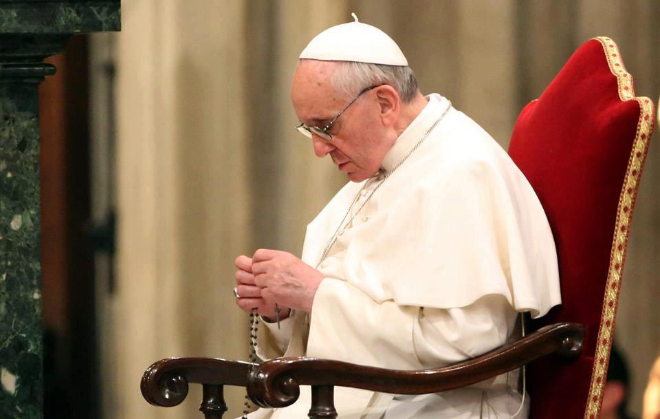 papa Franjo - molitva